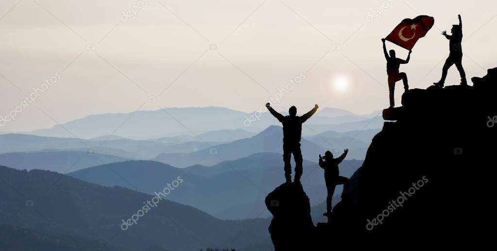 rock climbing the success of the team
