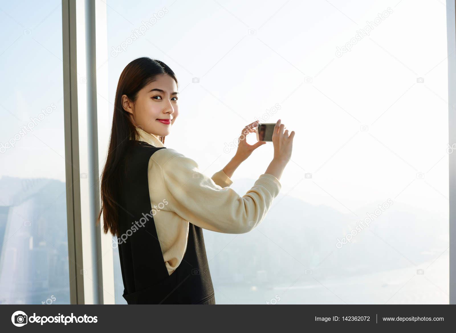 Голубоглазыми съемка в нутри японки большими членами