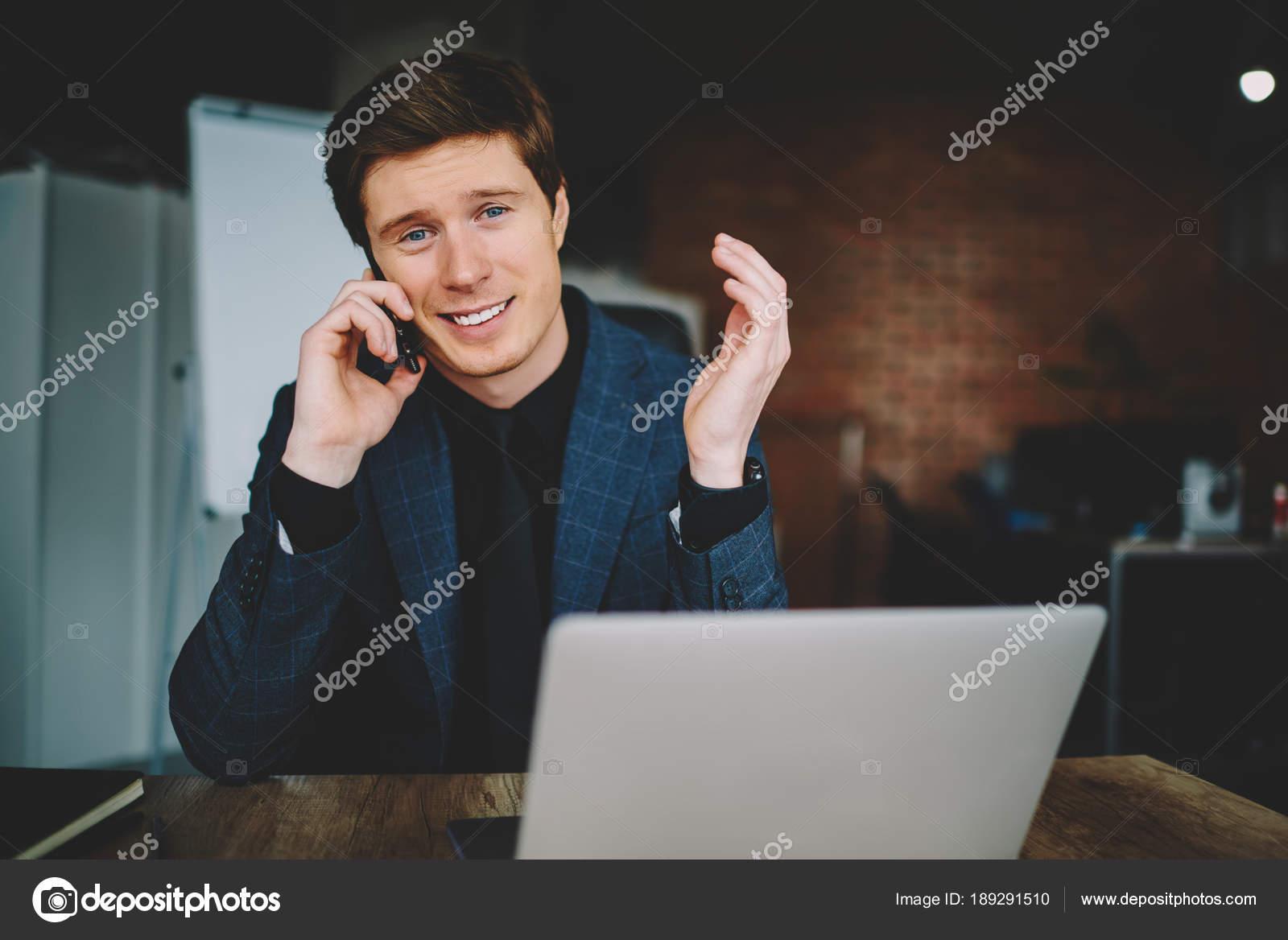 Dating ein Kerl im Schrank