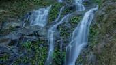 Kleiner Wasserfall auf dem Weg nach Puerto Galera, Philippinen