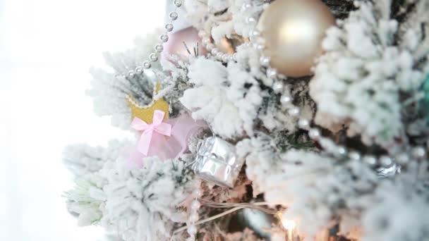 slavnostní vánoční strom