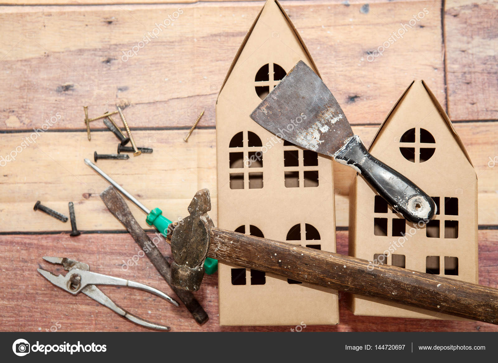 Case di cartone e riparazione di strumenti u2014 foto stock © dina777