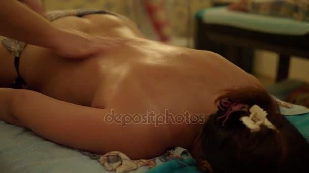 Видео подруги в постели, индивидуалки колтуши спб