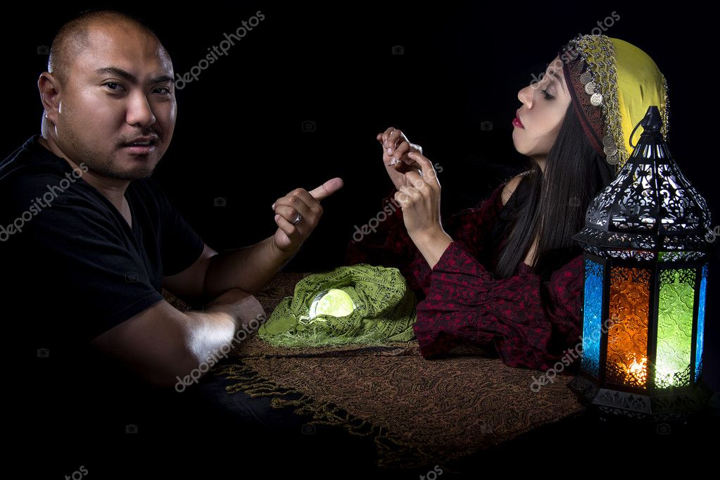 Fraud Victim Pawning a Ring