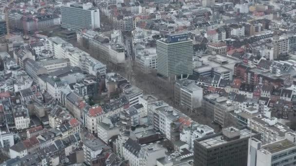 AERIAL: Let nad Kolínem nad Rýnem
