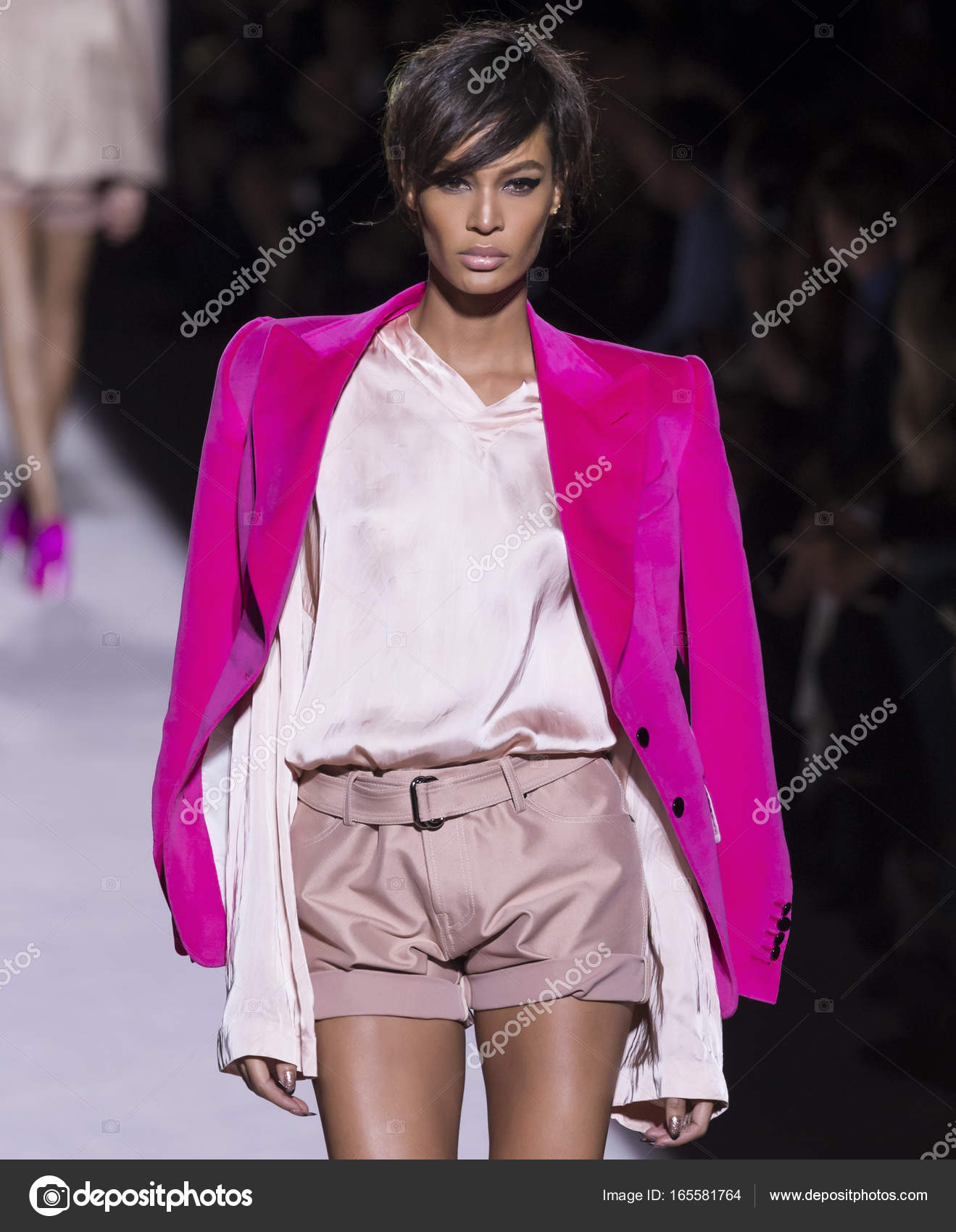76e1533c5 NEW YORK, NY - September 06, 2017: Joan Smalls walks the runway at the Tom  Ford Spring Summer 2018 fashion show during New York Fashion Week — Photo  by ...