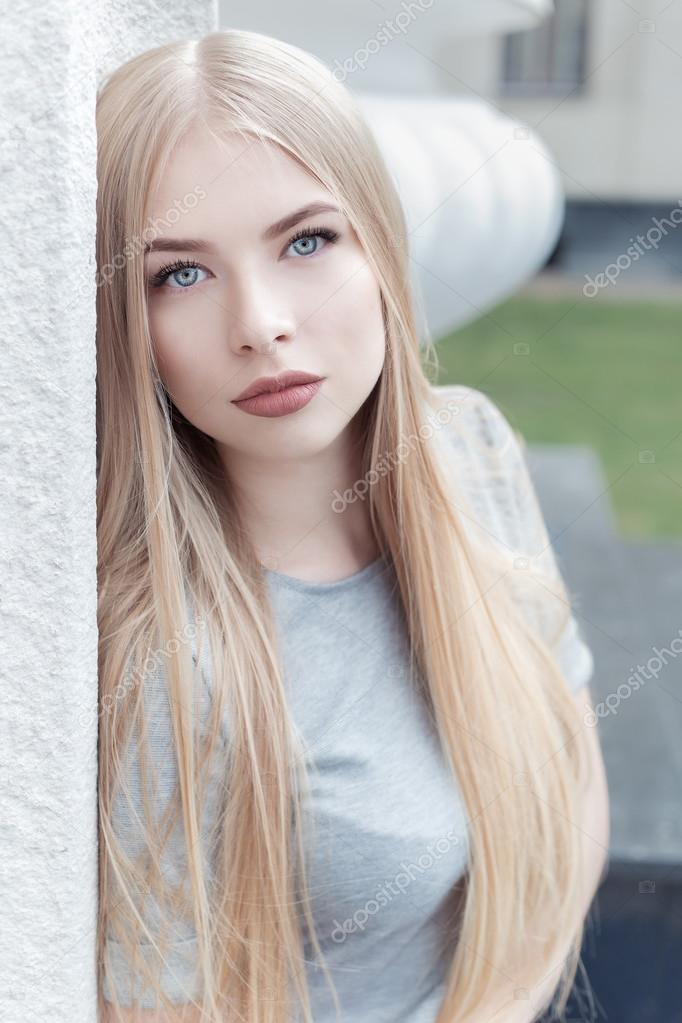 Dating mit einem blonden mädchen