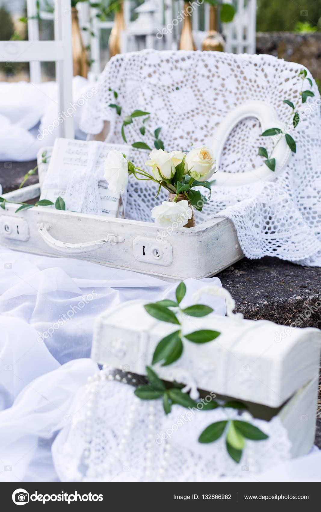 hermosas prendas delicadas y decoración para el hogar y la ...