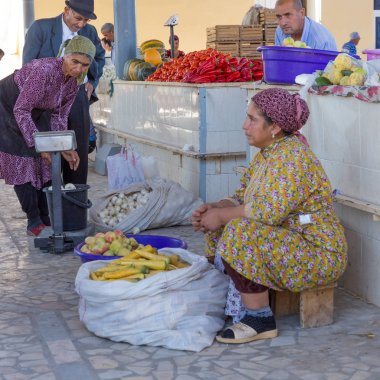 Food market of Khiva, in Usbekistan