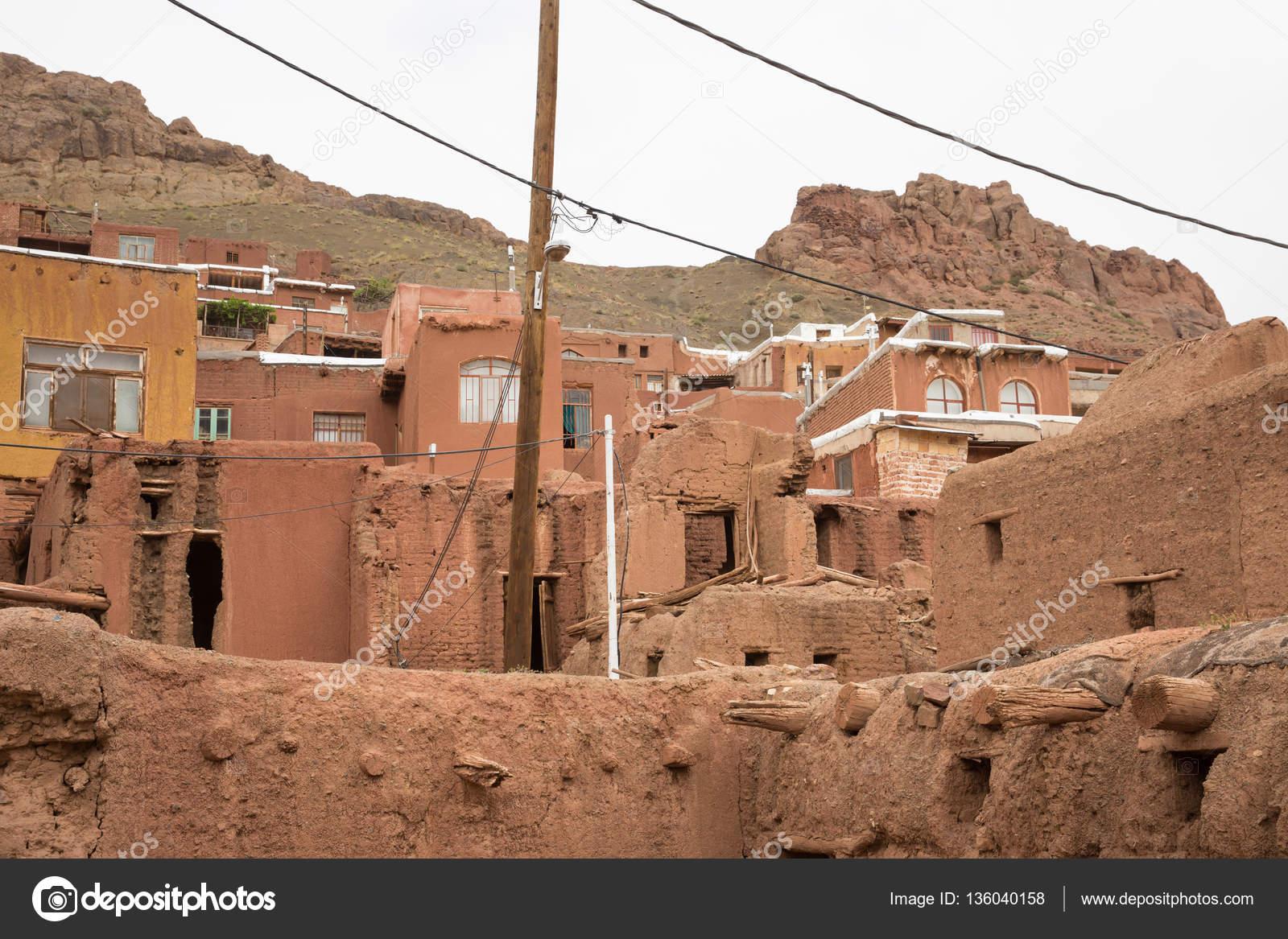 Case Di Mattoni Di Fango : I tipici mattoni di fango rosso case nell antico villaggio di