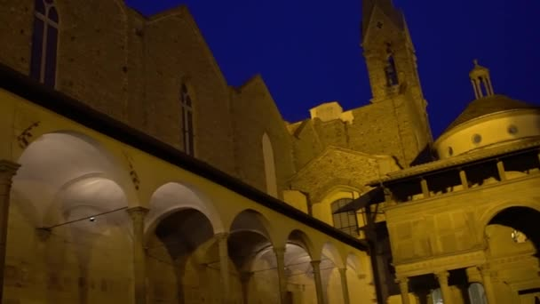 Florencie, Itálie - listopad 2016: Nádvoří Basilica di Santa Croce di Firenze