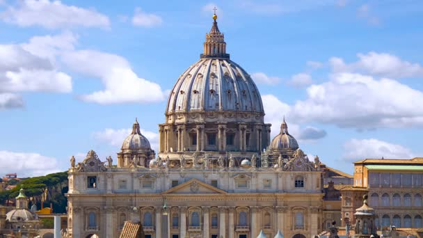 Vatican city. St Peters Basilica, time lapse with cloud.