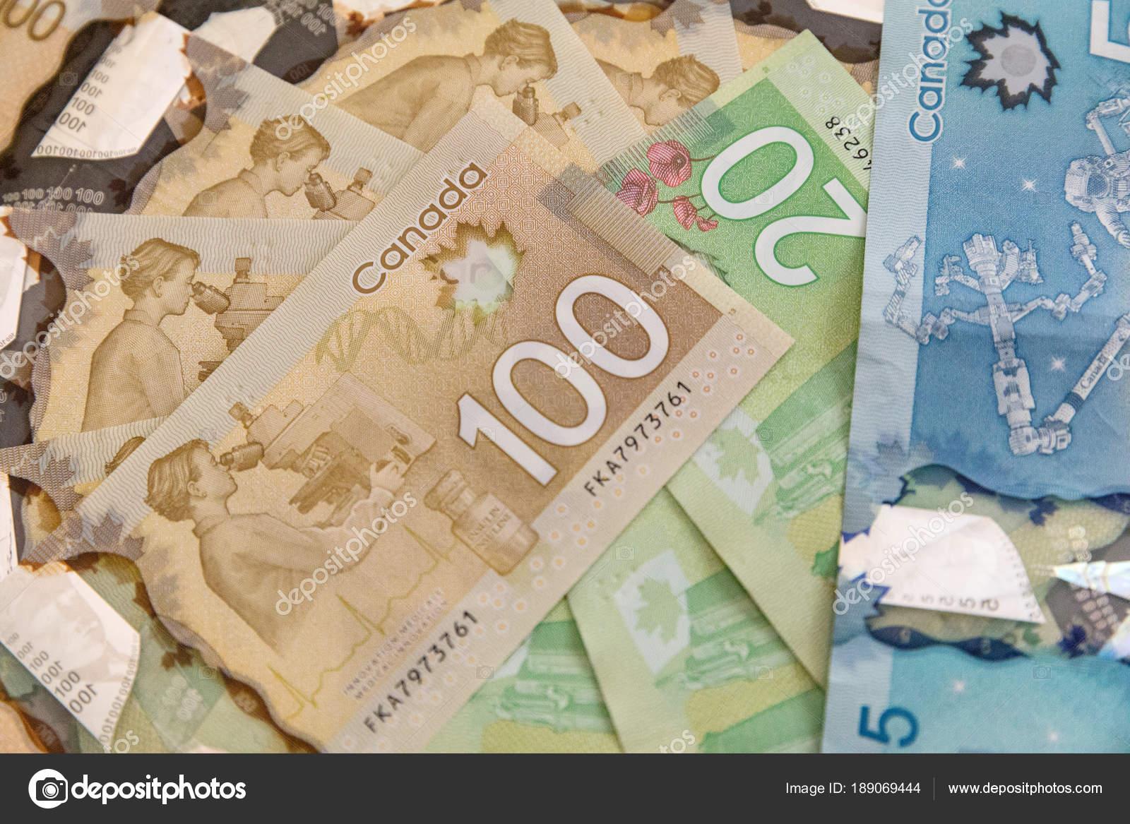 Kanada Doları Ekonomi Kavramı Siyah Bir Arka Plan üzerinde Farklı