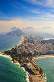 Fotografie Pláž Copacabana a Ipanema beach v Rio de Janeiro, Brazílie