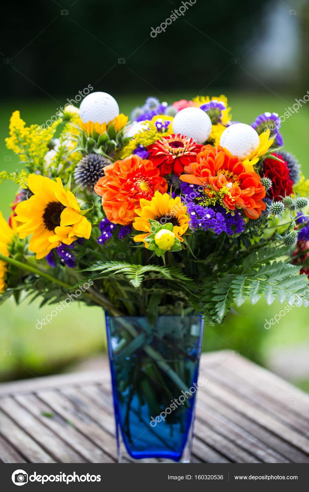 Favoriete golfballen met bloemen voor verjaardag, kaart, waardebon  @XH-82