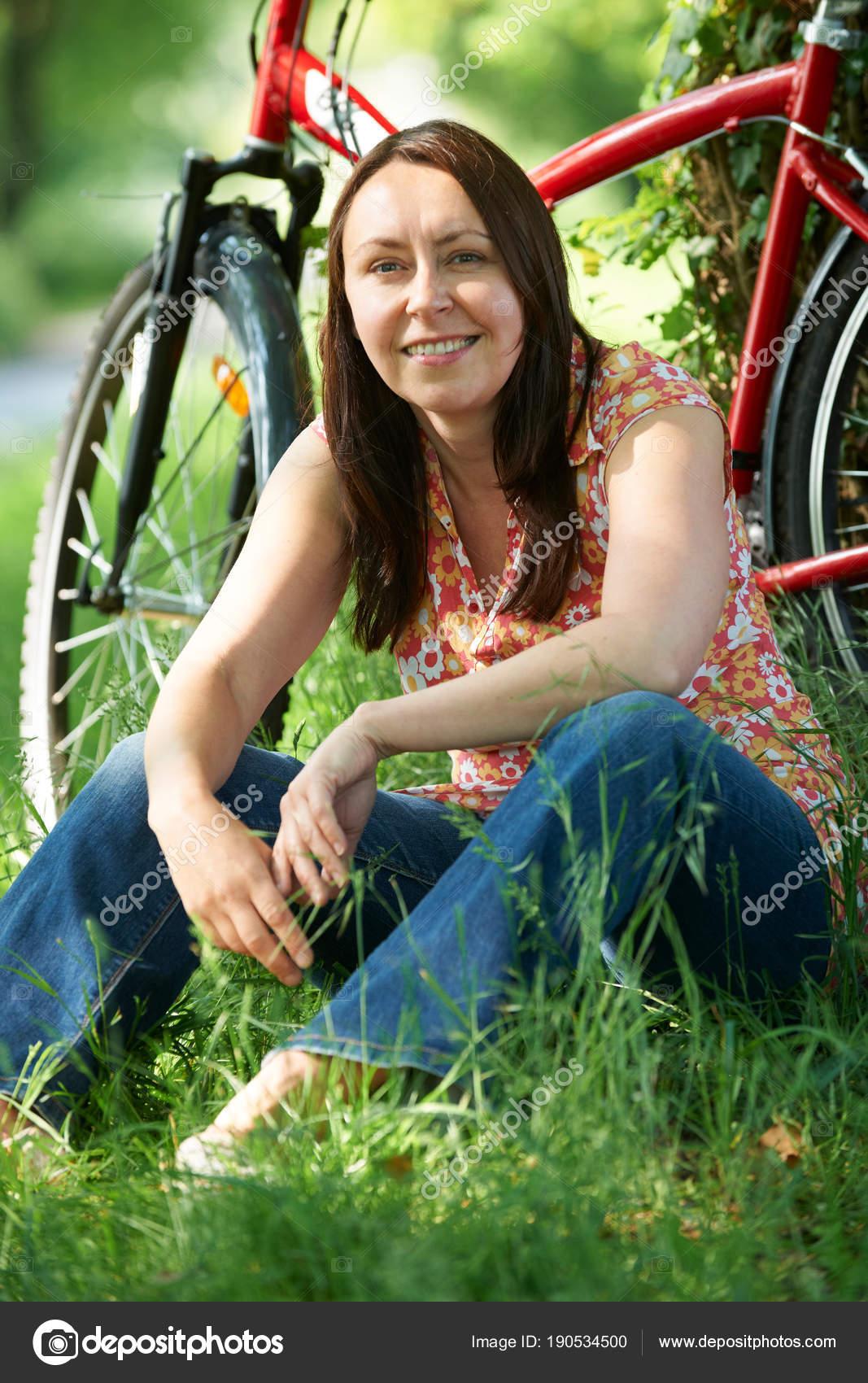 Сельские взрослые женщины фото 12