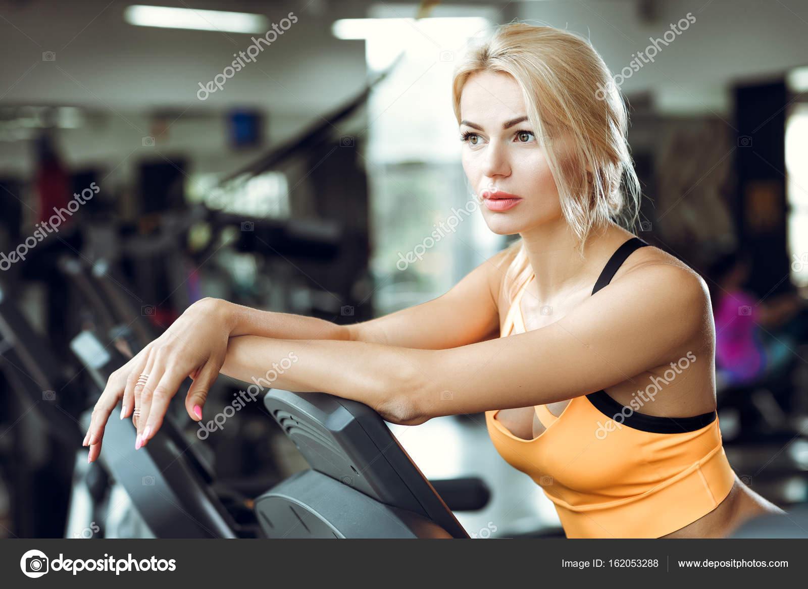 seance salle de sport femme