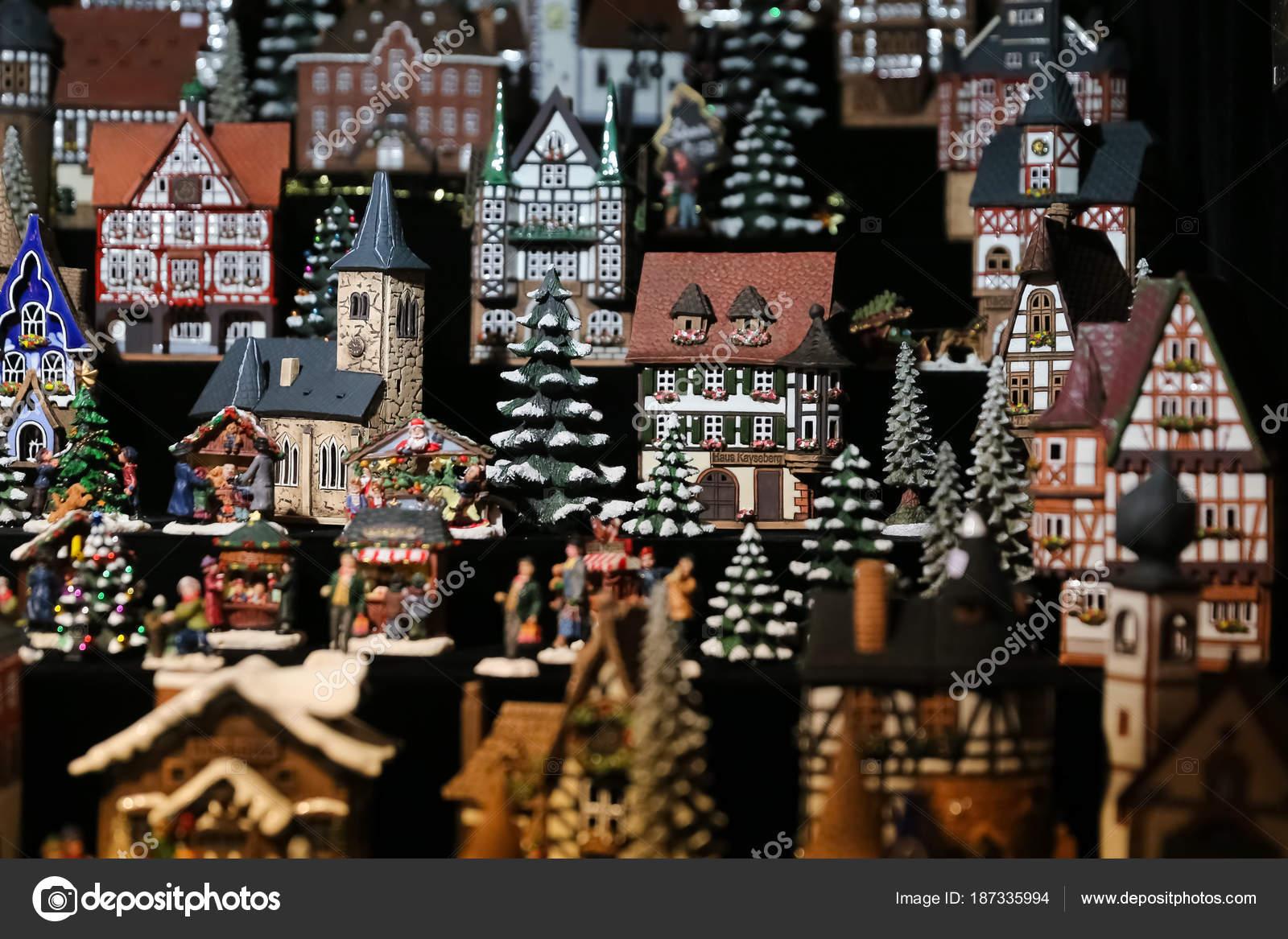 Haus Geformte Kerzenhalter Auf Weihnachtsmarkt Berlin Deutschland