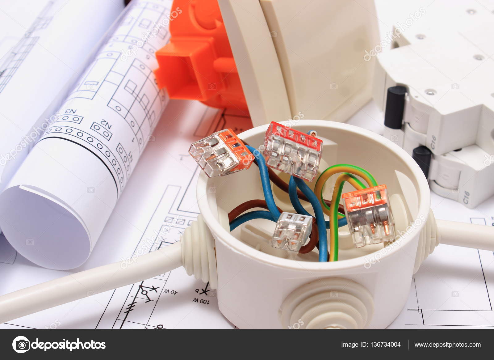Komponenten für Elektroinstallationen und Bau-Diagramme — Stockfoto ...