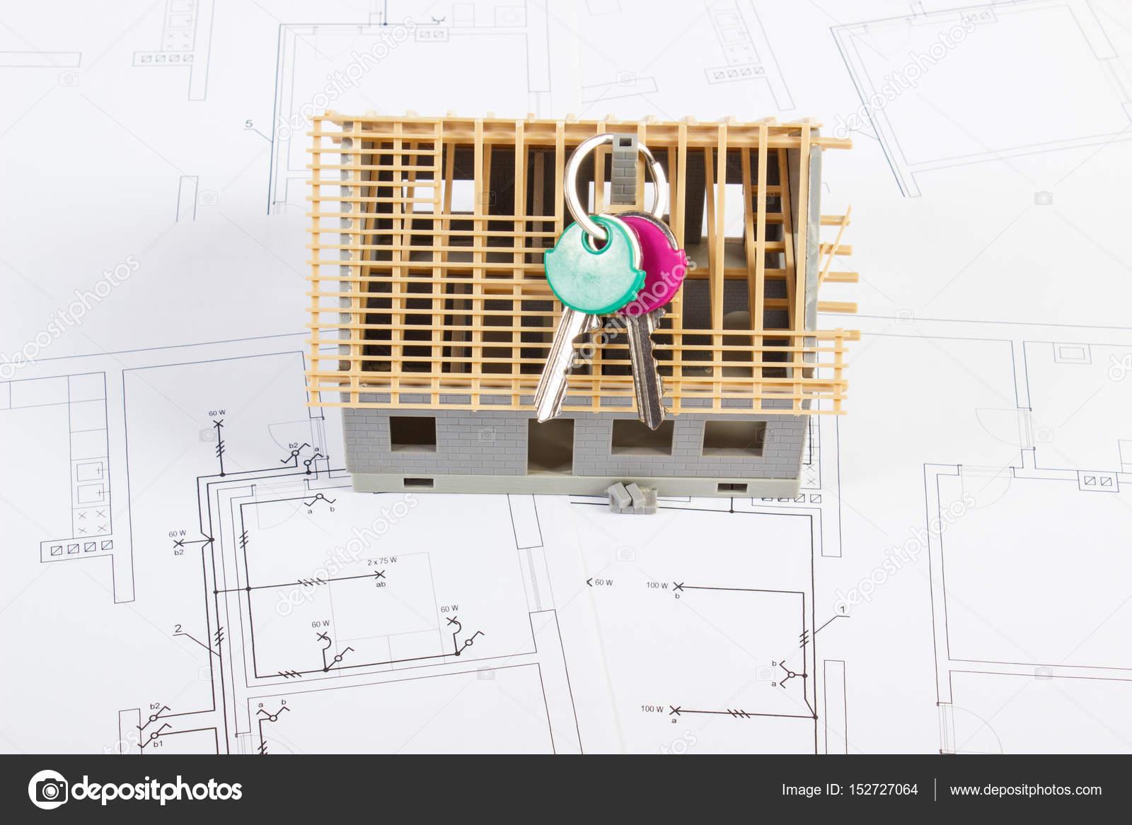 Wonderful Elektrische Zeichnungen Und Diagramme Mit Haus Unter Bau Und Home Tasten  Home Gebäudekonzept U2014 Stockfoto