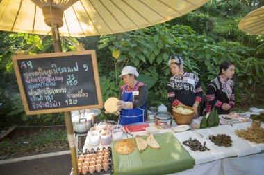 vendors at  traditional Foodstreet market