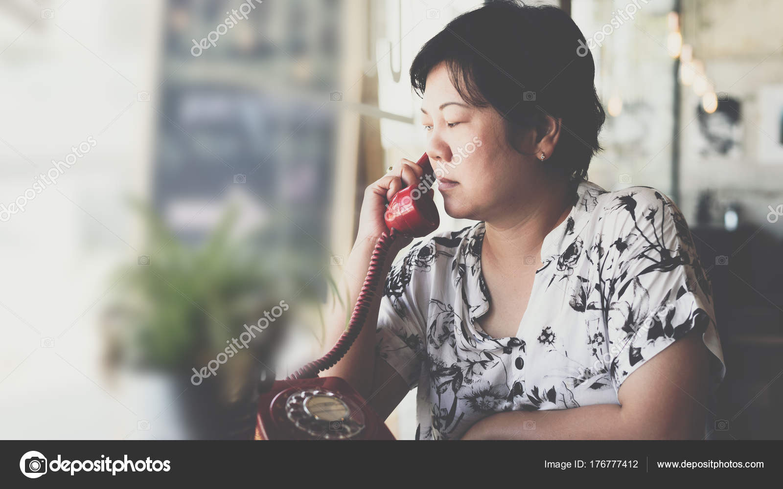 Asiatische und weiße Frauen