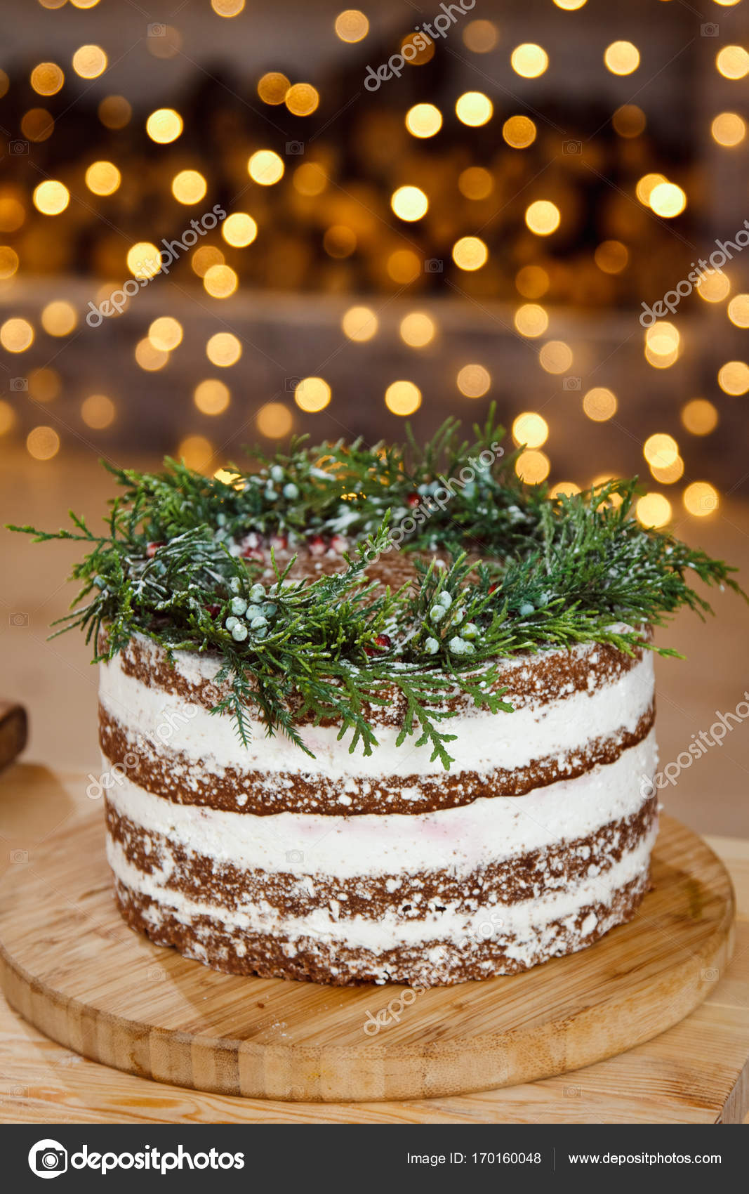 Torte Decorate Per Natale beautiful decorated cake for christmas table — stock photo