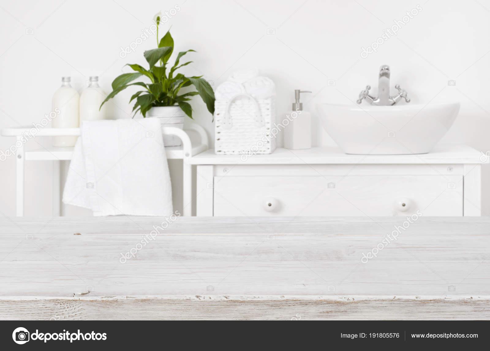 Houten plank badkamer