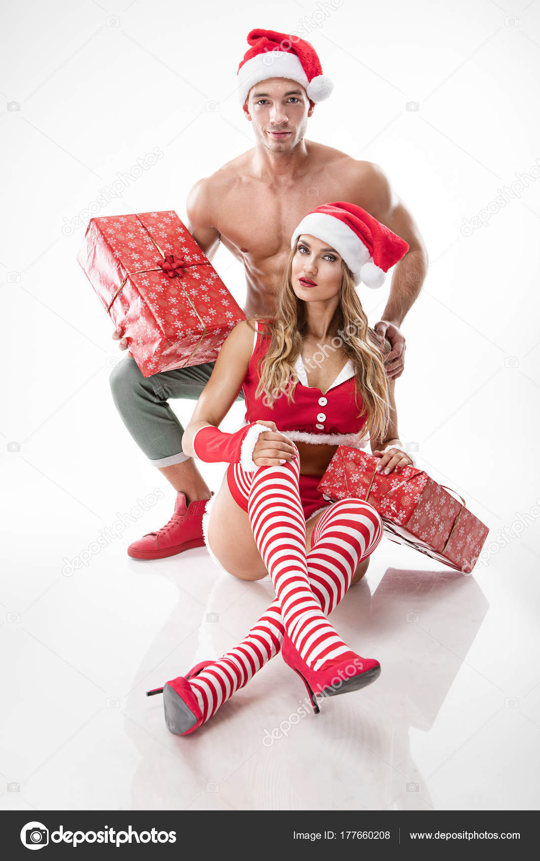 sexy-santa-claus-outfit-nude-college-girls-giant-dildoing