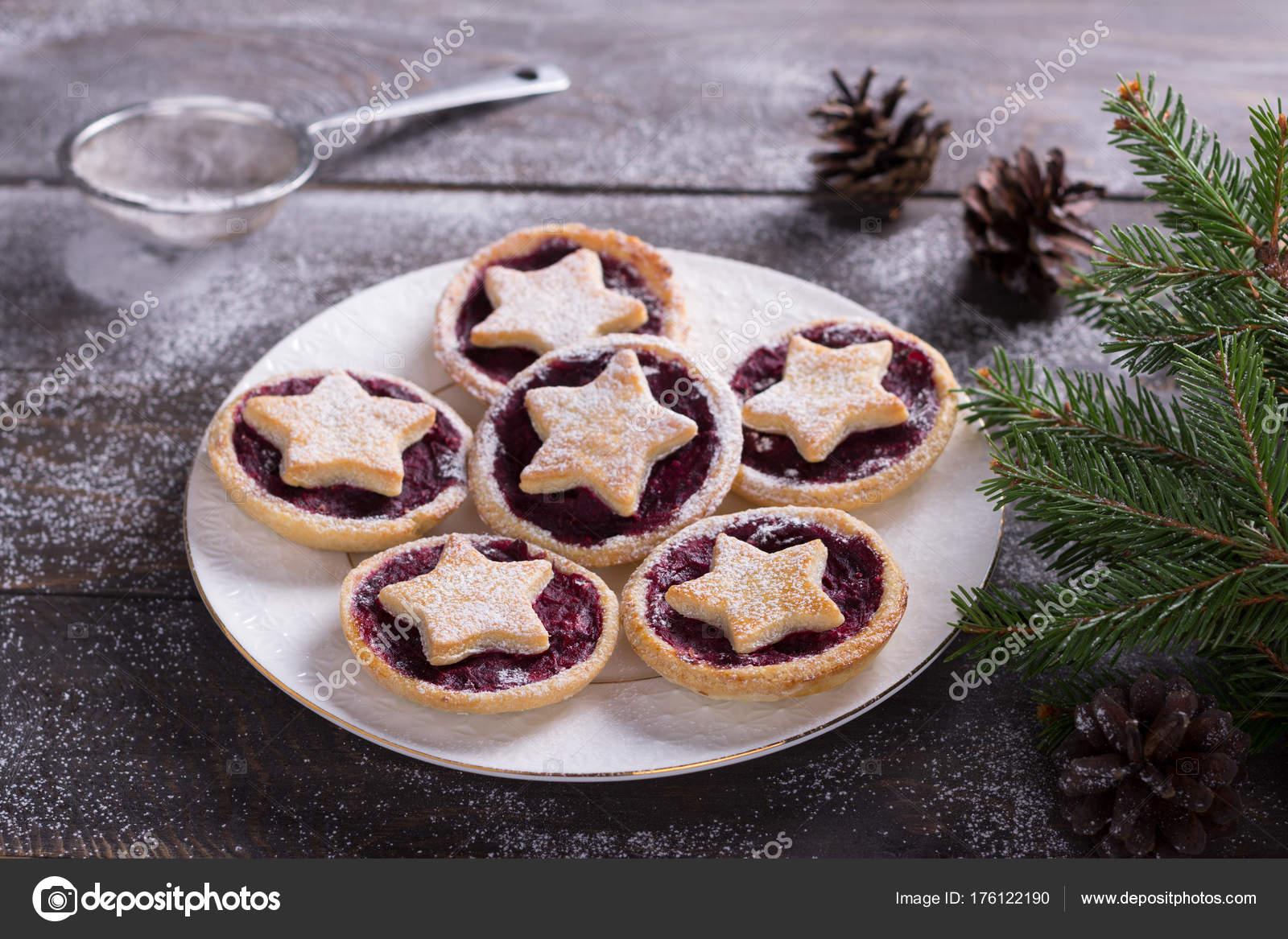 Biscotti Di Natale Con Marmellata.Biscotti Di Festa Di Natale Con Marmellata Di Mirtilli Rossi