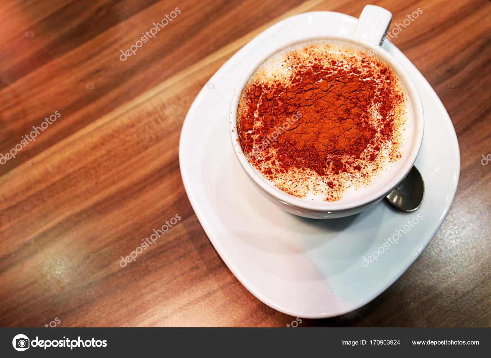 Traditionelle türkische Getränk — Stockfoto © OmerYontar #170903924