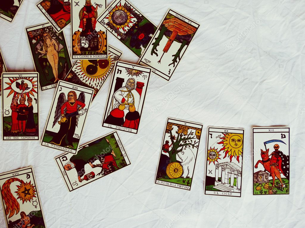 Prediction by Fortune Teller on the Tarot cards – Stock Editorial