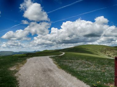 Viewpoint in Western Pyrenees with amazing clouds