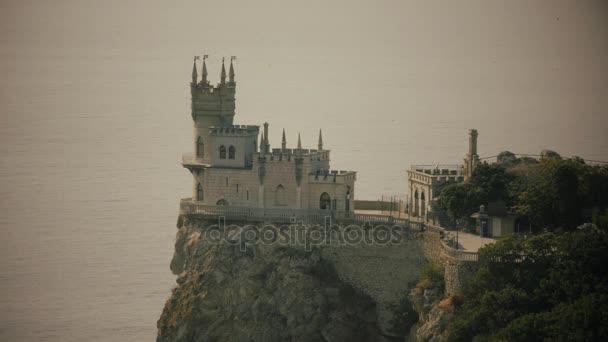 Vlaštovky hnízdí hrad symbolem Krym