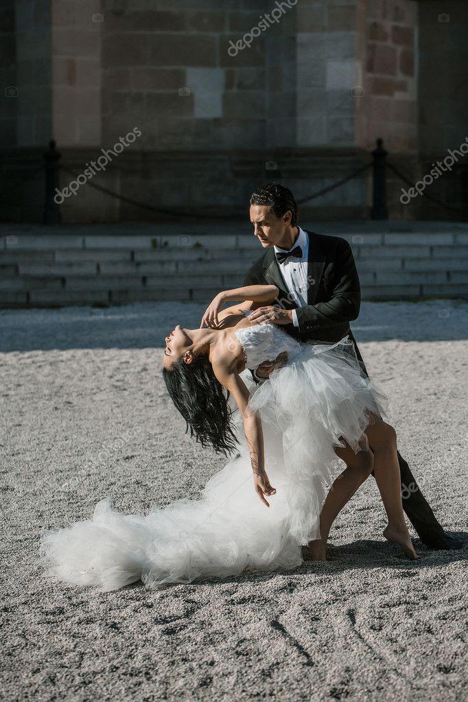 Wedding Sexy Couple Dancing Sunny Outdoor  Stock Photo  Tverdohlibcom 125175358-4940