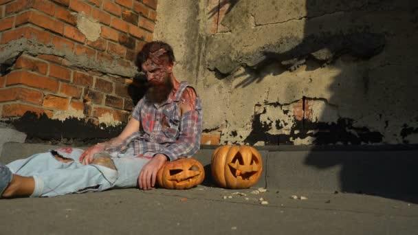 Duch a monstrum na Halloween