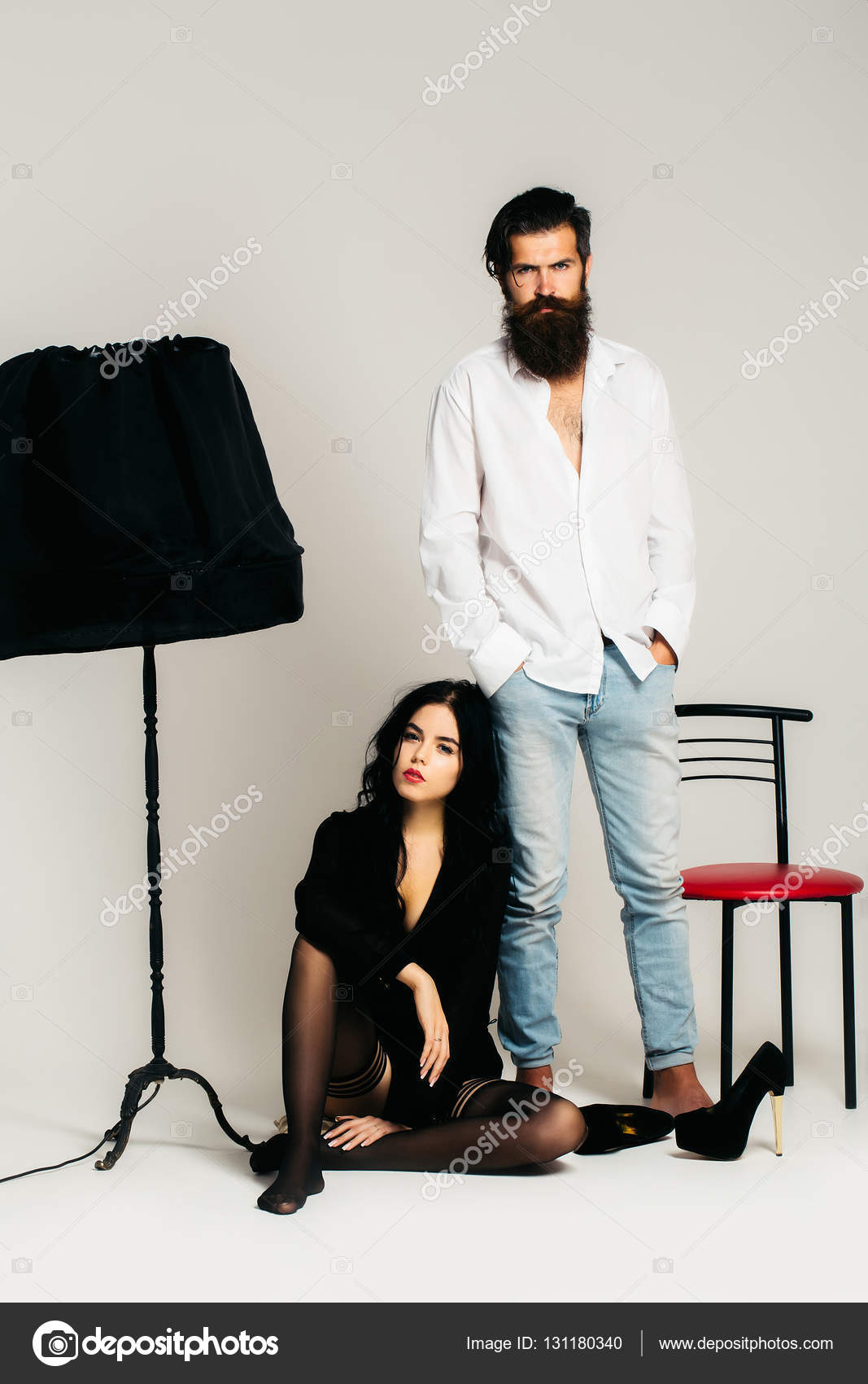 Sexy Couple On Chair With Lamp U2014 Stock Photo