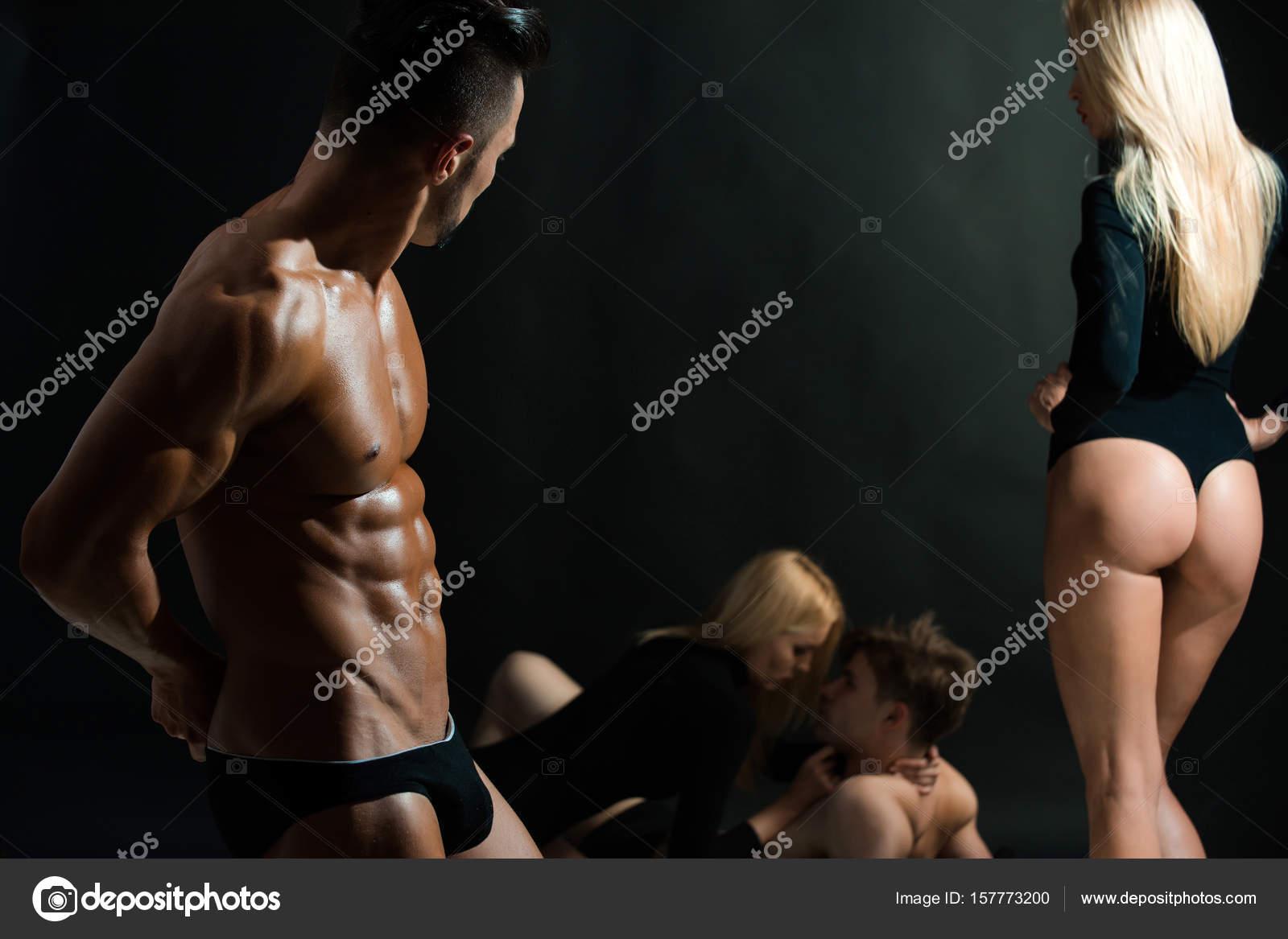 Zwarte lesbische bodybuilders