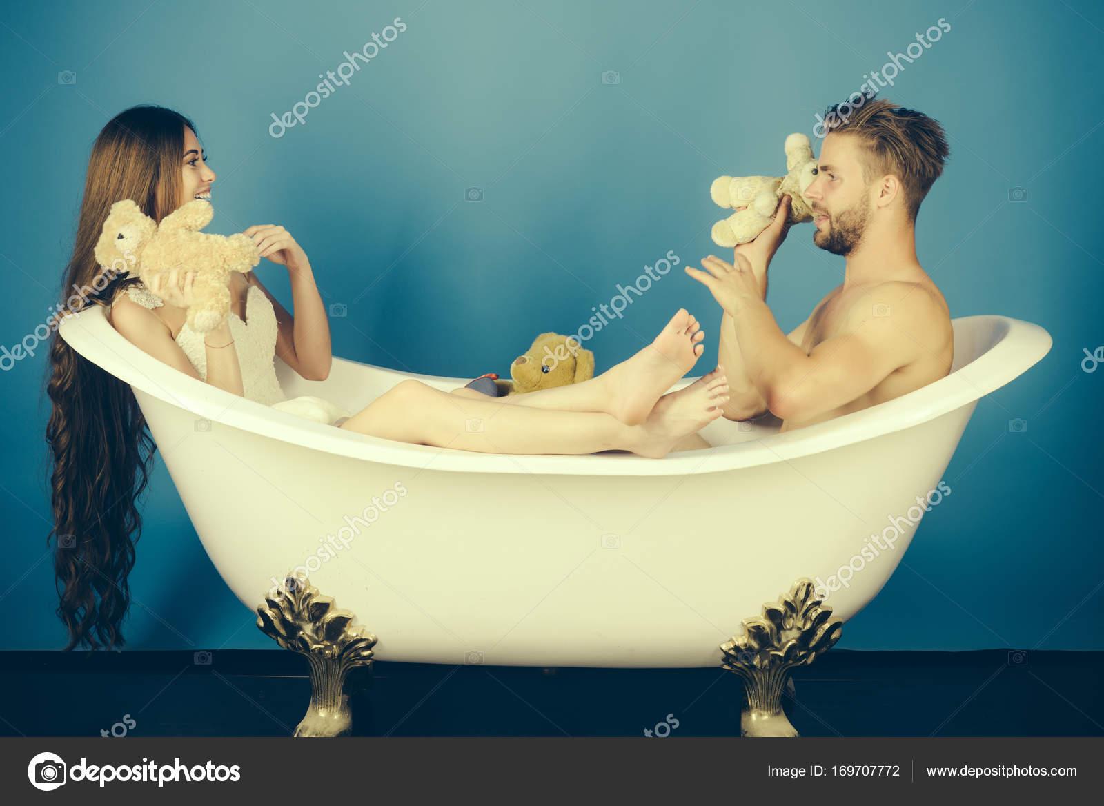 romantic bathtub hair fire - 1024×683