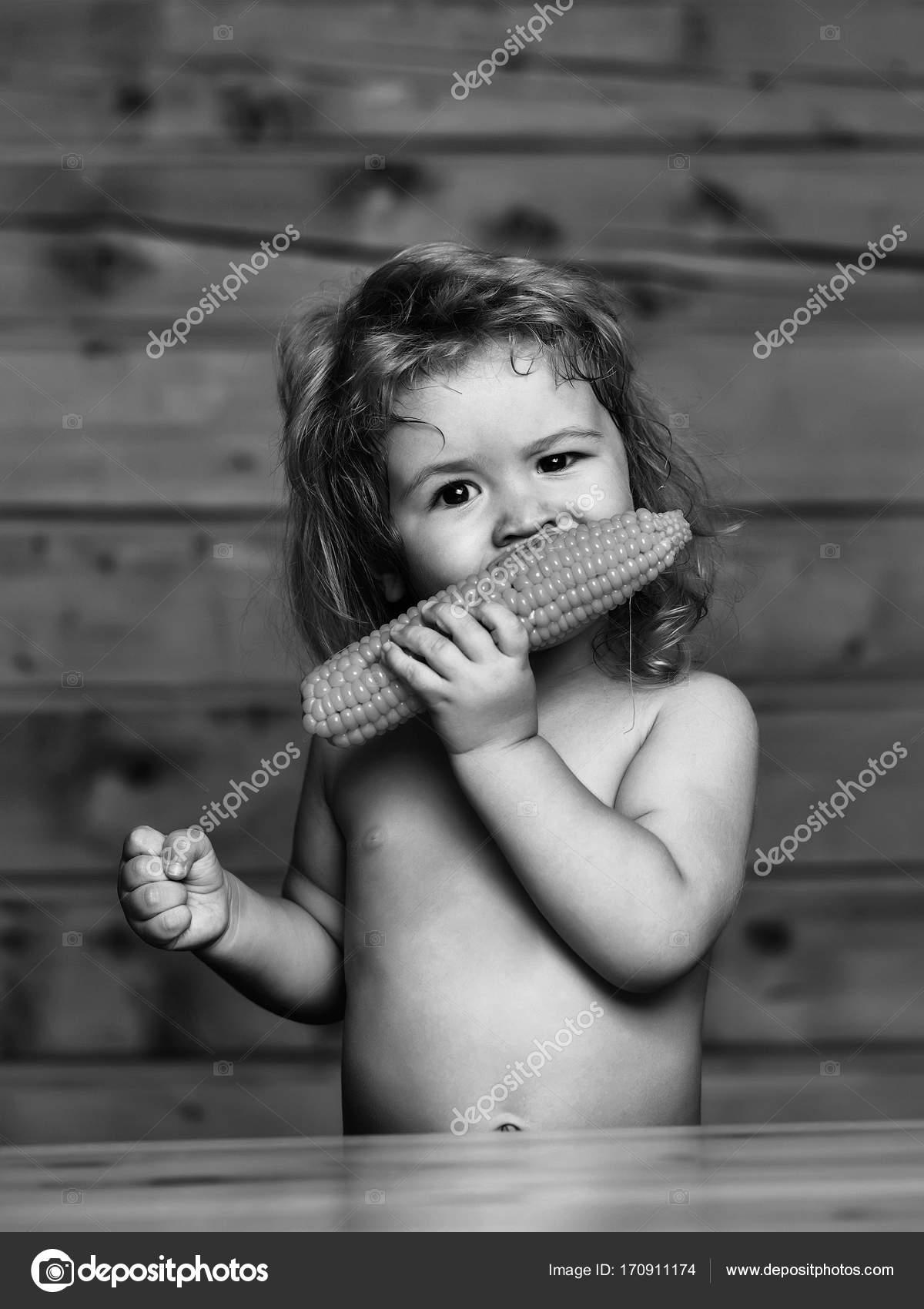 μαύρο μωρό γυμνό δωρεάν βίντεο pron λήψεις