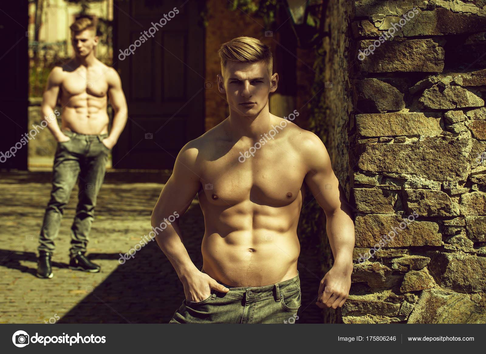 νέοι γυμνό κάμερες Χεντάι πορνό Αφέντρα