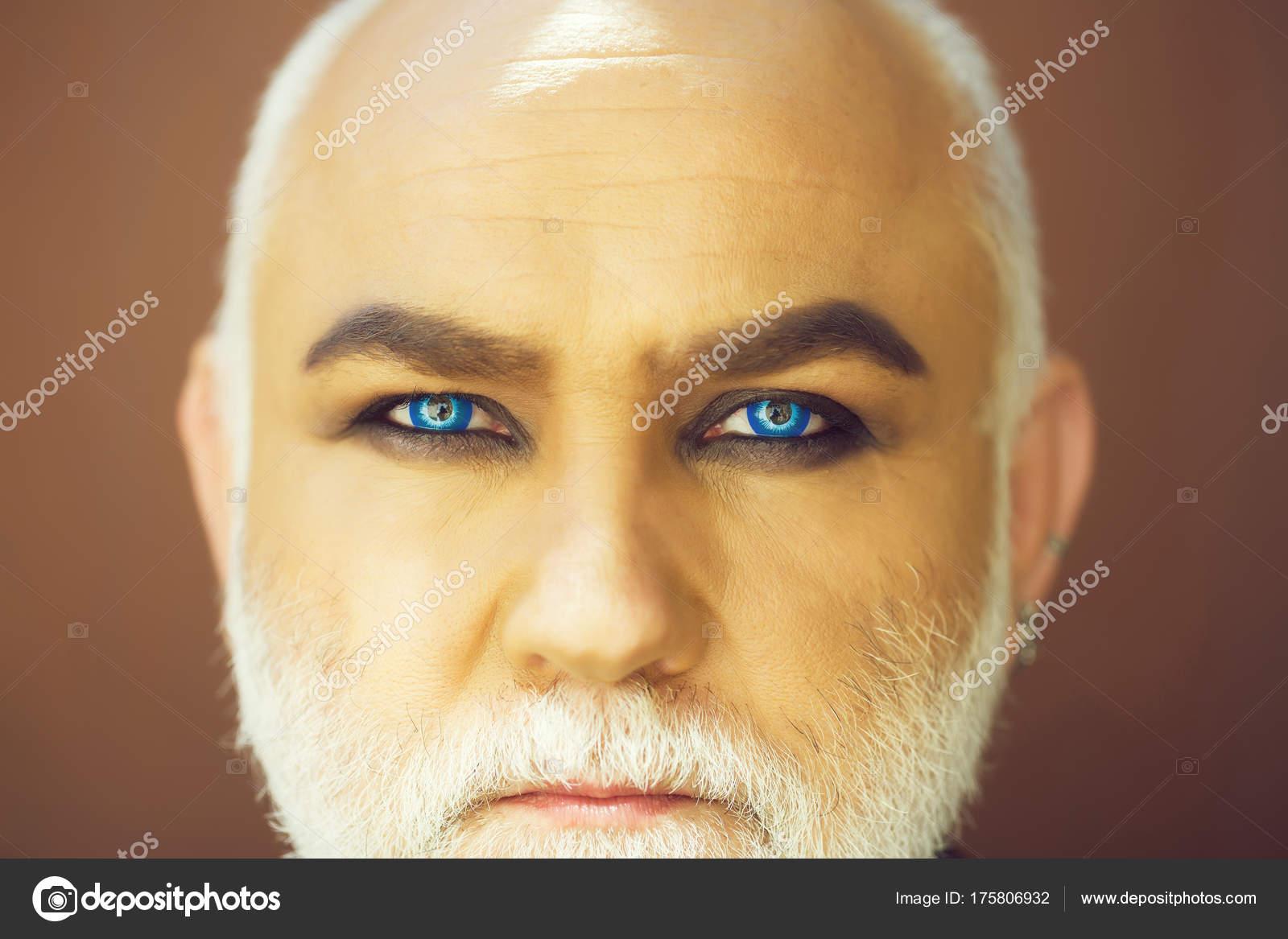 Old man blue eyes