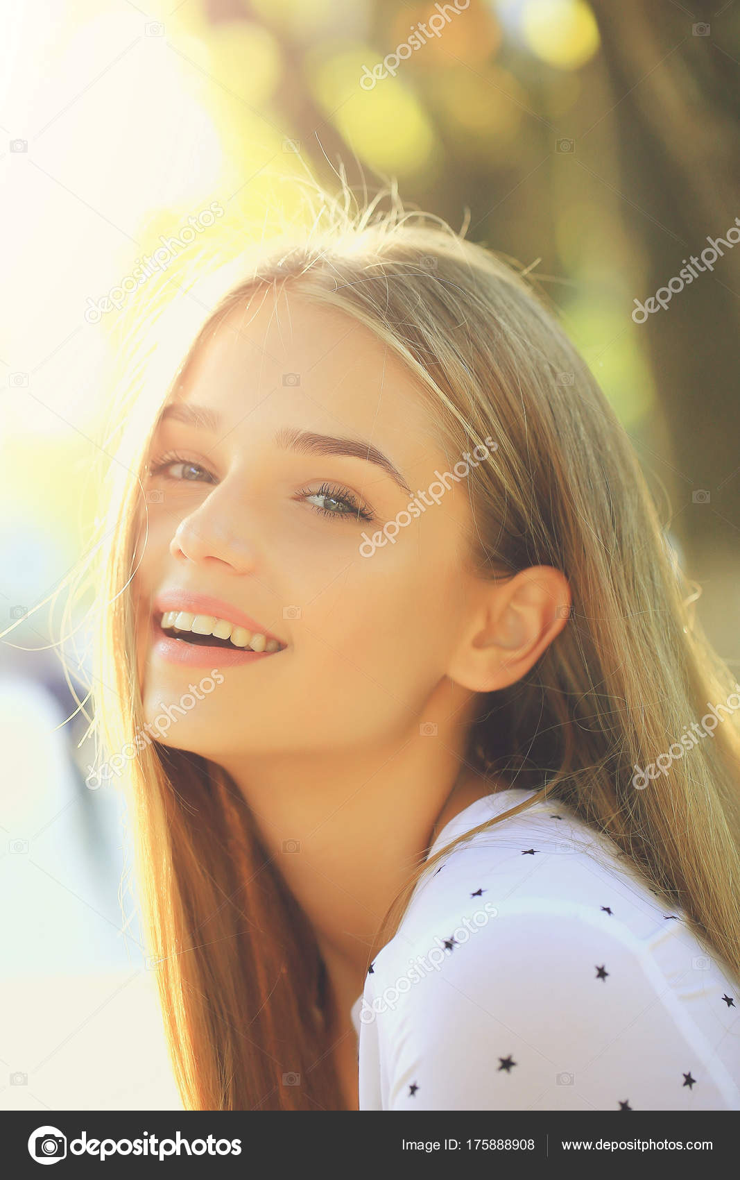 blonde cute girl on sunny day — stock photo © tverdohlib #175888908