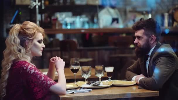 Dating coworker restaurant
