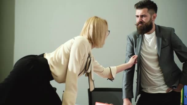 How to flirt with a male coworker