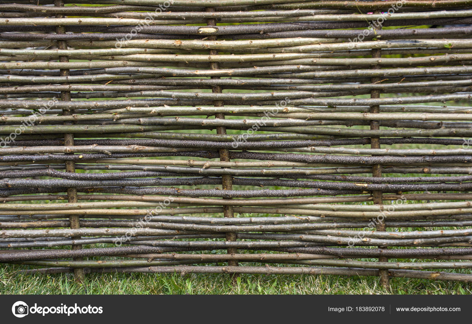 Garden decor, barrier, border, boundary — Stock Photo © Tverdohlib ...