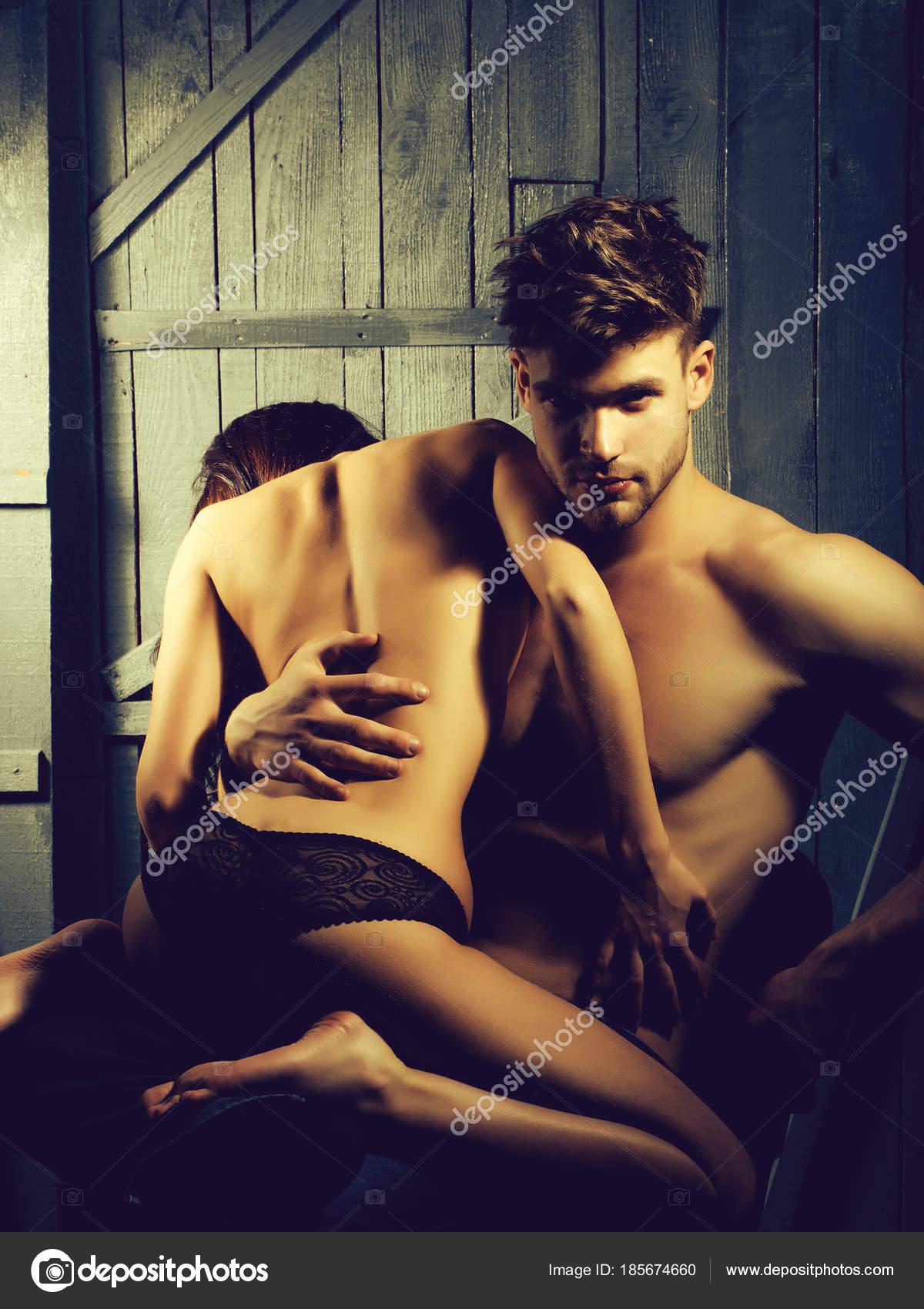 Очень сексуальная молодая пара