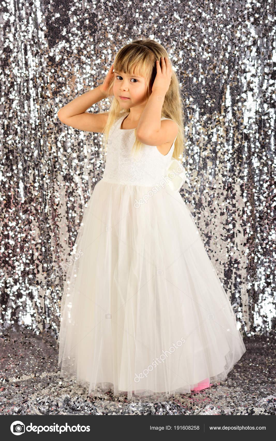 8890a225553 Ребенка девушка в платье стильный гламур