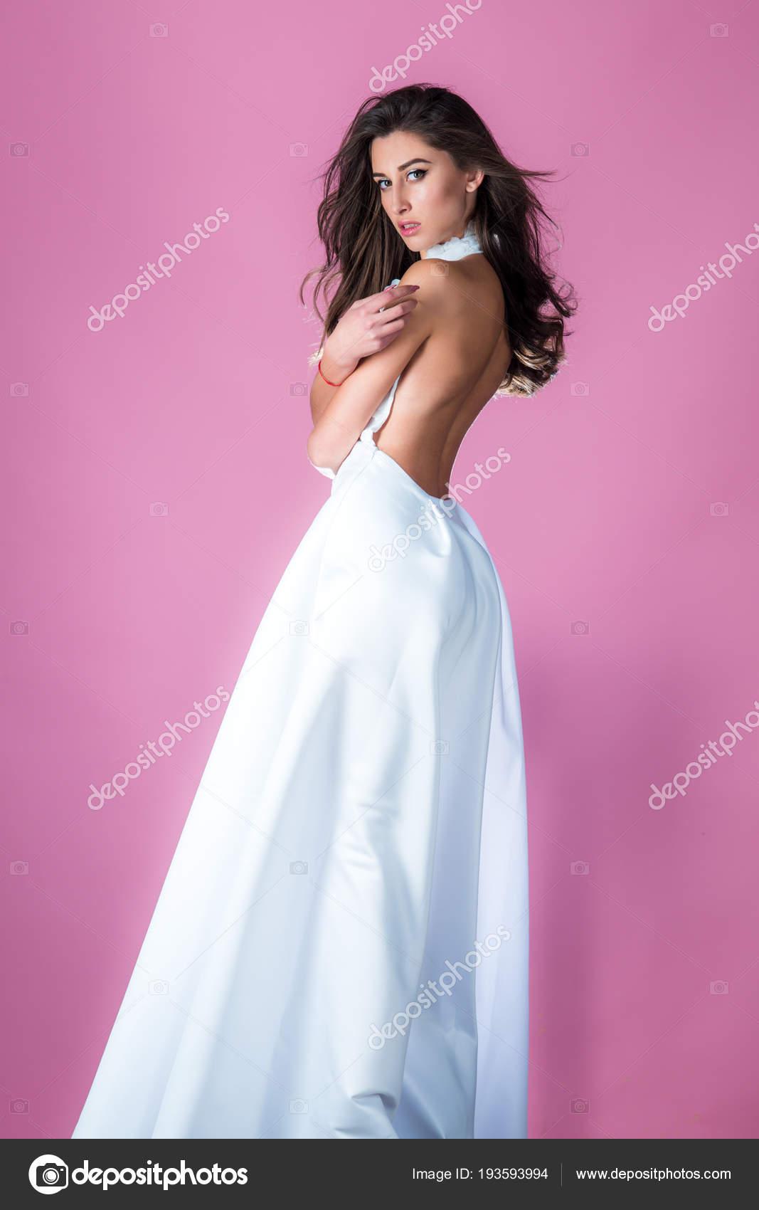 Maquillaje Moda Hermosa Mujer Morena Pelo Usar Seda Blanco Vestido ...