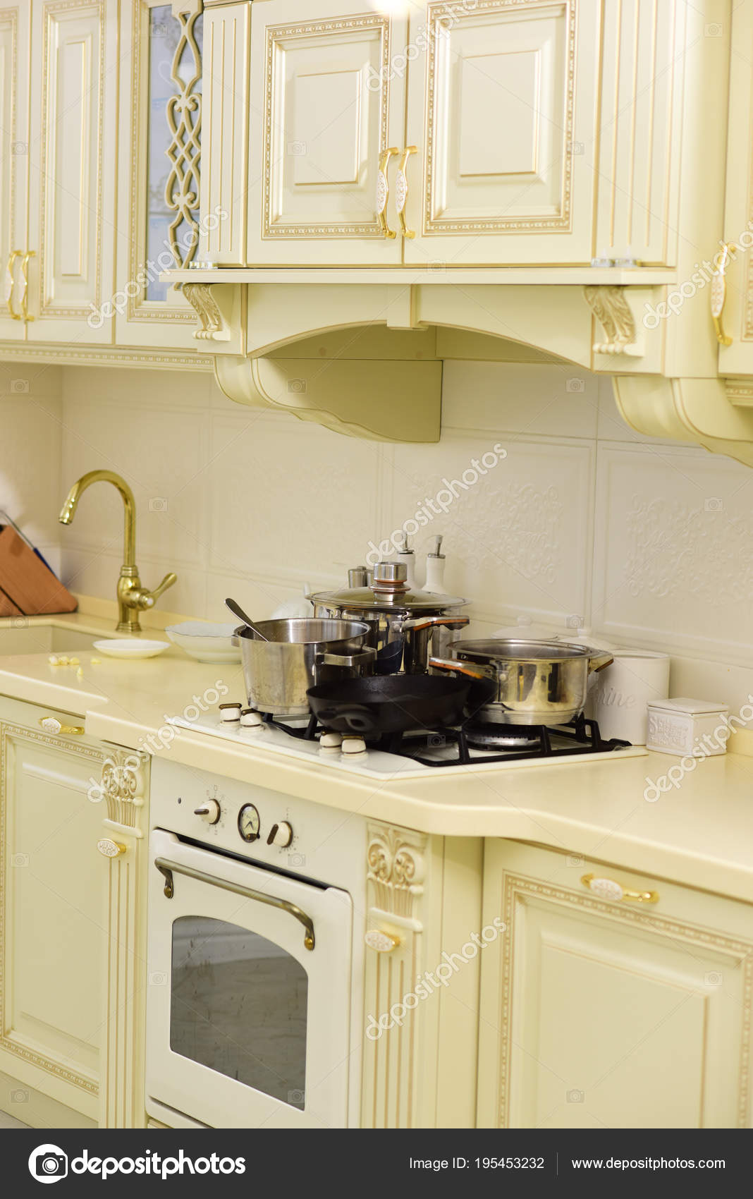 Mattonelle Per Piano Cottura.Elettrodomestico Da Cucina E Mobili Piano Cottura E Lavello